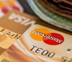 Могут ли долги по ЖКХ списать с банковской карты?