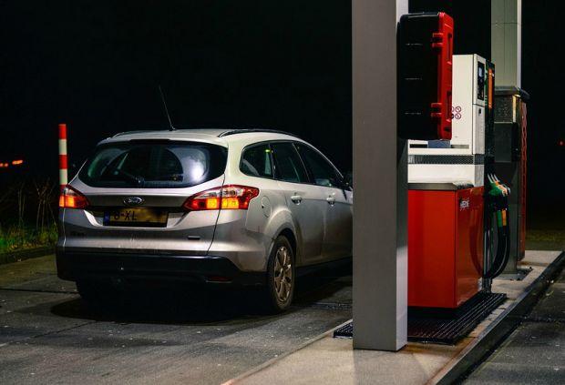 Цены на бензин в России растут рекордными темпами